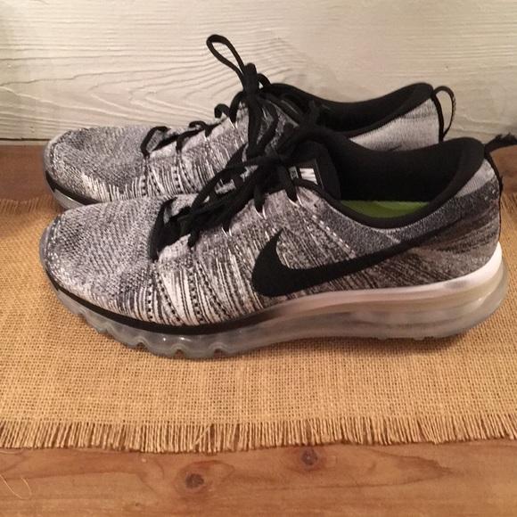 af2975ef3cc6 Nike Flyknit Max 2015 620469 102 Retail Oreo 12. M 5b1dd5282e1478735d00df21